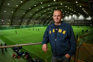 Lars Bäckström är mannen som tar över efter Mikael Helmersson som tränare för division I-laget SDFF.