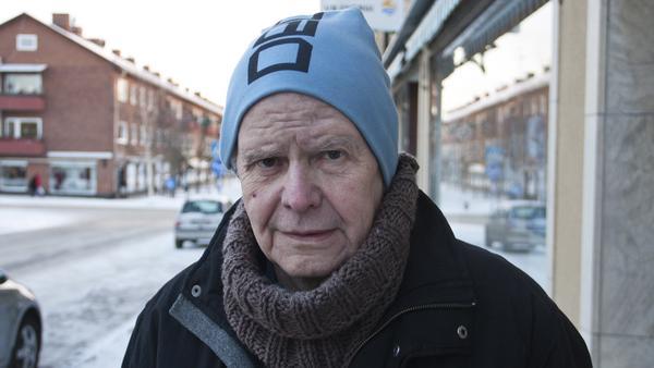 Jan-Olov Stefansson, 71 år, pensionär, Fagersta:–Nej, det väntar jag med till tjugondag knut. Det är av tradition.