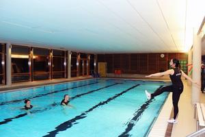 Om du är gravid och otränad bör du börja med så kallad avlastad träning, till exempel vattenträning.