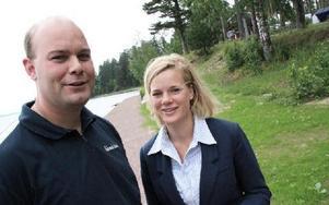 Magnus Weinstock och Ann-Sofi Nääs vill stärka attraktionen med strandpromenaden som nu går ända bort till sommarland.FOTO: CHRISTIAN LARSEN