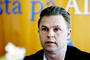 Originellt. Enligt Hans Backman (FP) är det svenska riksdagen den enda parlament i världen som har ett Beatlessällskap.