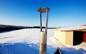 Hans-Peter Eriksson hoppas att snart få tända facklan på gården. Då är biogasanläggningen igång.