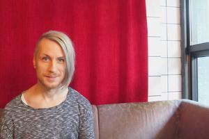 David Lehnberg i The Deer Tracks gör många mix-jobb. Just nu på Tentakels kommande släpp på Höga Nord Rekords.