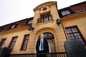 Lagmannen Göran Nilsson ställer sig positiv till förslaget om att utöka Norrtälje tingsrätt.