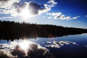 Vattennivåerna i Långan har de senaste dagarna varit tre gånger så höga som det vanliga medianvärdet vid den här tidpunkten. Men enligt vattenregleringsföretagen har det inte varit någon fara för översvämningar eller andra problem.