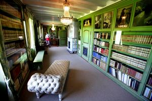 I biblioteket finns inte bara böcker utan också de 42 000 brev som Selma Lagerlöf fick av läsare.
