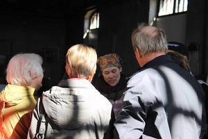 Många passade på att besöka konstnären Åsa Maria Hedberg i hennes ateljé Lokstallet i Hammerdal på lördagens omgång av KulTur.