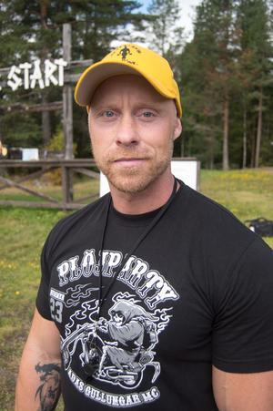 Lars Berglund, ägare av IronWorks och arrangerare av brännbollsturneringen.