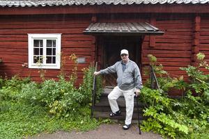 Börje Anterot har regisserat pjäsen Äktenskap till salu 2012.