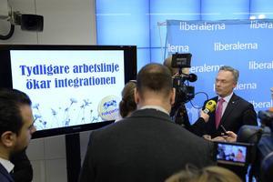 Folkpartiets partiledare Jan Björklund presenterade på onsdagen förslag på integrationspolitikens område.