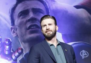 Skådespelaren Chris Evans spelar Captain America i den kommande filmen om superhjälten.
