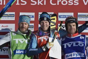 Podie herrar Victor Öhling Norberg tillsammans med Thomas Zabgerl, Österrike och Jonas Lenherr, Schweiz.