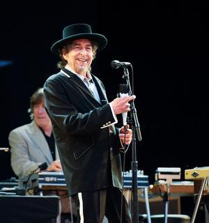 Bob Dylan får årets Nobelpris i litteratur. Bild från Peace and Love i Borlänge
