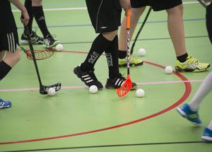 Vägledningen uppmanar även idrottsföreningar att skapa en rutin för hur man agerar vid oro för ett barn som en del av föreningens verksamhet.