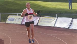 Sebastian Högdahl, från Hudiksvall men tävlandes för Hässelby, vann Blodomloppet.