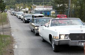 Cruising i Timrå lockade många bilar