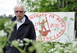 Bertil Westlund laddar för fyra dygns musik på sin gård Reva.
