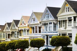 Kan man hitta en hälsingeversion på Painted Ladies i San Francisco, hus som säger något också om vår tid?