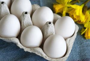 Snart kan det bli svårt att hitta ägg från utehöns.