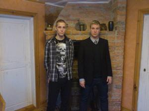 Joacim och Daniel Kempe har lyxat till klassiska recept i sin lya på Söder i Gävle.