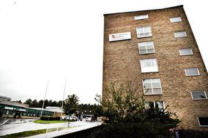 Sandvikens kommun letar efter lokaler för att kunna skapa boenden för ensamkommande och Sandvikens sjukhus är en av byggnader man tittar på.