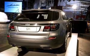 STÄNDIGA PROBLEM. Saabförsäljning har visserligen ökat, men är lägre än planerat trots nya  9-5-modellen.