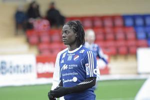 Tabitha Chawinga satte båda målen mot Mallbackens IF.