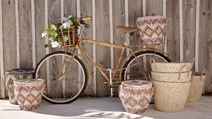 Sandiga naturnära toner och traditionella hantverkstekniker, från Zara Home.