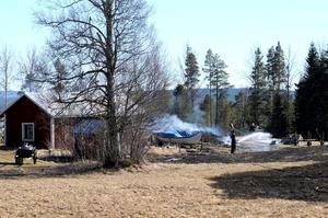 Räddningstjänsten hade fått kontroll på branden i Dalåsen efter en knapp timme.