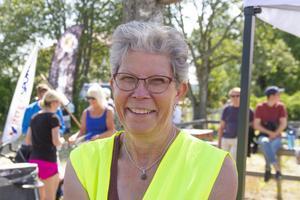 Tävlingsledare Margareta Tamm Persson var nöjd med dagen. Det roligaste under loppet var att servera saft i värmen.