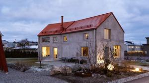 En arkitektritad betongvilla lockar flest klick under årets första vecka. Foto: Notar.