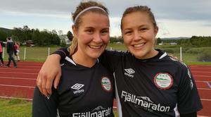 Michaela Bäckström och Mariell Bodin fixade målen för Hede-Vemdalen i segermatchen mot IFK Östersund3 Foto:Lisa Sjelin.
