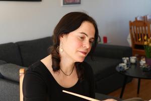 Att måla är ett sätt för Susanne Pontvik att ge uttryck för sina egna känslor.