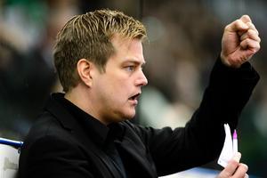 Per Kenttä berättar om förslaget som lyfts. Foto: Anders Bjurö (Bildbyrån).