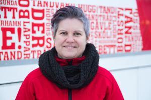 Projektledare Anna Hammarström var på gott humör och glad över invigningen. Nu väntar fortsatt arbete med projektet.