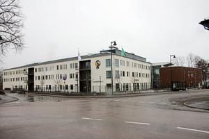 Ledamöterna i barn- och utbildningsnämnden har nu beslutat att elever i årskurs sex ska flyttas tillbaka till mellanstadieskolorna i kommunen. När det blir är ännu oklart. Arkivfoto: Tove Svensson/NA