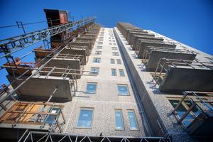 Nyproduktion kan inte ensidigt lösa bostadsbristen.