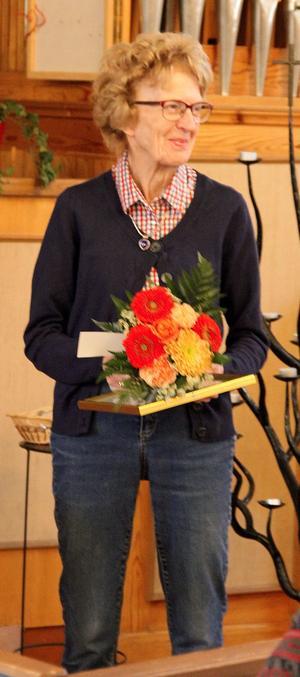 Elsa Hörling hedersmedlem i Sollefteå Släktforskare