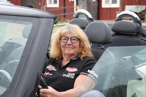 Gun Ehnvik har varit engagerad i mycket. Förutom ordförandeposten i SHRA Lindesberg har hon varit domare, mekaniker, kassör i båtklubben, varit familjehem och haft jourbarn. Hon är med i styrelsen för Hjärt- och lungföreningen Bergslagen.