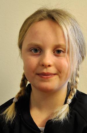 Elsa Byström, 9 år, från Rödön/Krokom har spelat teater på rasterna och i fritids. Hon har dagdrömt om att gå på audition.