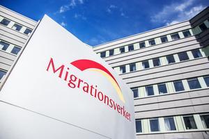 Migrationsverkets prognos säger att det kan komma ungefär 63000 asylsökande och anknytningsärenden varje år.