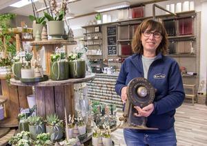 Den gamla separatorn som Marita Lennartsson hittade när hon städade ur sin farfars gård bär samma namn som butiken och har blivit en symbol för henne och butiken.