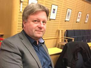 Ronny Edlund har förgäves krävt att få veta vart det lokala partistödet tagit vägen.