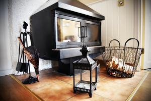 En eldstad för gästerna om de vill mysa.