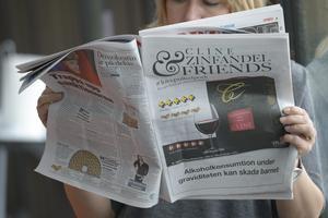 Det har blivit vanligt med reklam för alkohol i tidningar och på tv. /FOTO: Leif R Jansson / TT