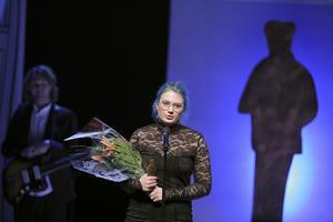 20-åriga Linn Spjuth från Nora nominerades till Lilla Augustpriset 2018 för två texter,