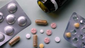 Bland kvinnor är det vanligare att dödsfallen rört sig om självmord medan betydligt fler män dött av olycksfallsförgiftningar, däribland överdoser.Foto: Janerik Henriksson / TT