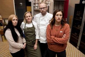Caroline Sjölund, Linnéa Liljedahl, Peter Eriksson och Linda Westerlund Berglund är fyra föräldrar som skulle drabbas hårt om kommunen väljer att lägga ned barnomsorgen på obekväm arbetstid.
