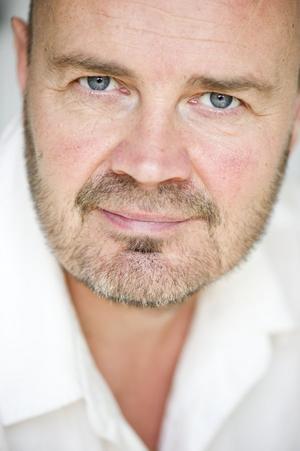 Poeten Lars Hermansson. Bild: Ola Kjelbye