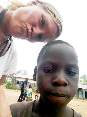 En av eleverna på en landsbygdsskola utanför Livingstone i Zambia.